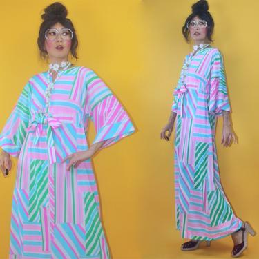 Vintage 1970s Pastel Geometric Patchwork Print Kaftan Dress Loungewear/SZ S M/70s 1960s 60s MOD marrimekko style Boho Hippie Stripes Caftan by TheeAppleBoutique