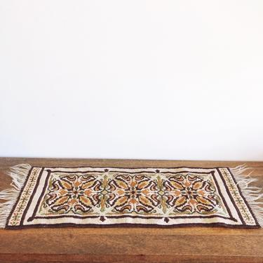 Vintage Table Runner Rug by TheDistilleryVintage