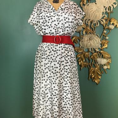 1980s rayon dress, vintage 80s dress, black and white, polka dot dress, cap sleeve dress, size medium, secretary style, blouson, office, 28 by BlackLabelVintageWA