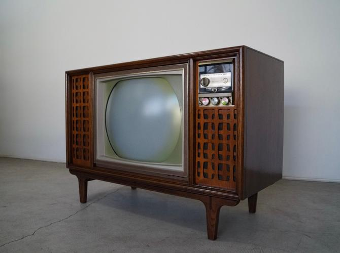 Mid-century Modern RCA TV Console by CyclicFurniture