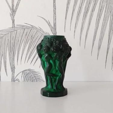 Vintage Vase, Art Deco period, Malachite Glass, Hand Made, Bohemia, Czech Republic, circa 30's by DecoDiscoDecor
