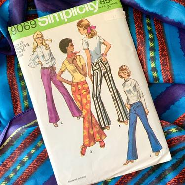 Vintage Sewing Pattern, Bell Bottom Pants, Jeans, Wide Legs, Complete with Instructions, Simplicity 9069 by GabAboutVintage