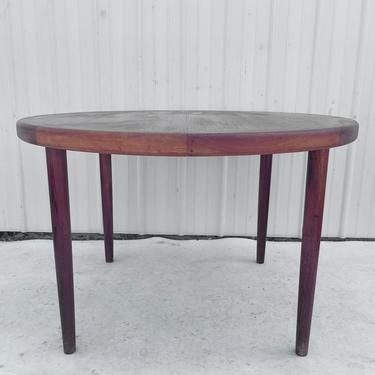 Mid-Century Circular Teak Dining Table w/ Leaves by secondhandstory