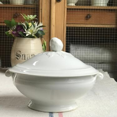 Beautiful antique French white ironstone soup tureen- VST by Grainsacfrenchvintag