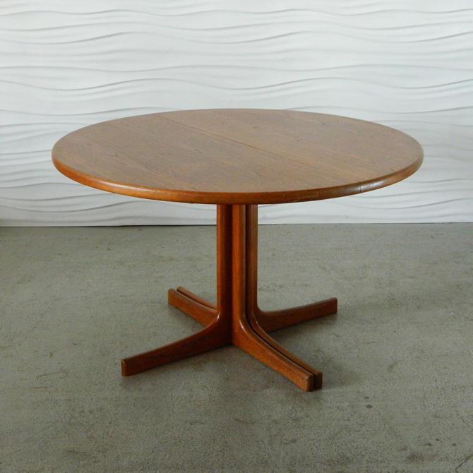 HA-C7992 Teak Skovby Table