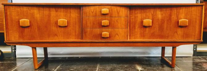 Stonehill Furniture Ltd. Credenza | England