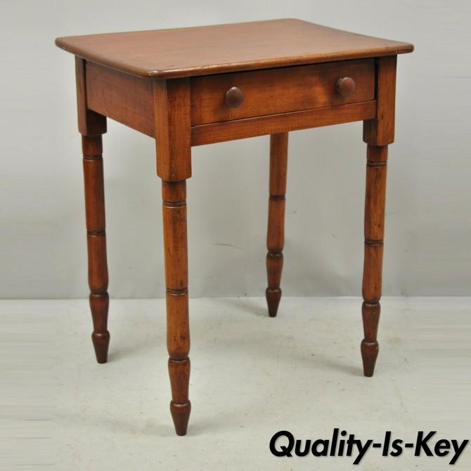 Antique 19th C. Pin & Cove Drawer Primitive Colonial Nightstand End Side Table