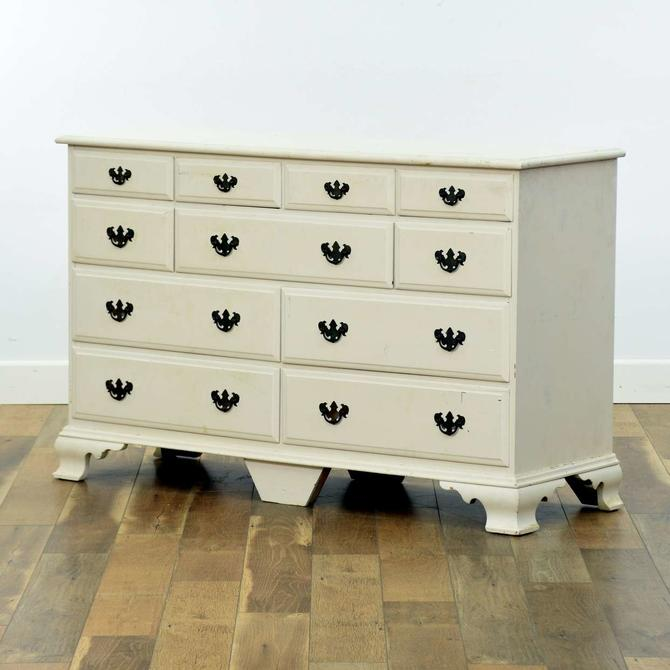 White American Traditional Dresser
