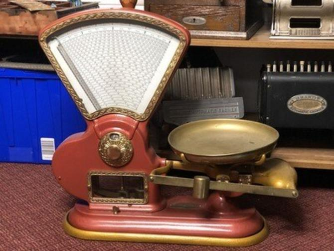 Vintage Toledo Scale, Vintage Red and Gold Scale
