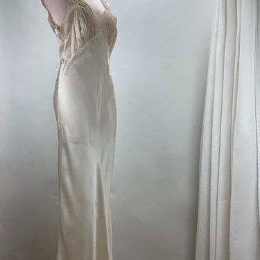 1930'S-40'S SILK SATIN Bias Cut Negligee - Pearly White Silk Satin - Lace Details -  Size  Medium by GabrielasVintage