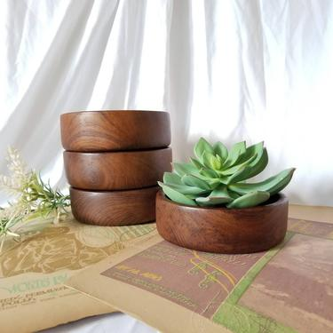 Vintage Carved Wood Bowl / Small Multi Purpose Shallow Wooden Dish / Turned Wood Planter / Snack Candy Salad Bowl / Natural Fall Home Decor by SoughtClothier