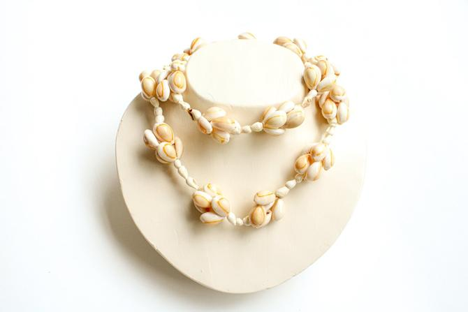 Vintage Seashell Beaded Necklace