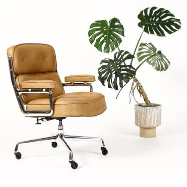 Mid Century Vintage Time Life Desk Chair — Charles Eames for Herman Miller — New Tan Leather by atomicthreshold
