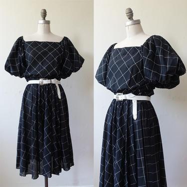 Vintage 80s Puff Sleeve Window Pane Dress/ 1980s Black White Square Neckline Grid Cotton Dress/ Size Medium by bottleofbread