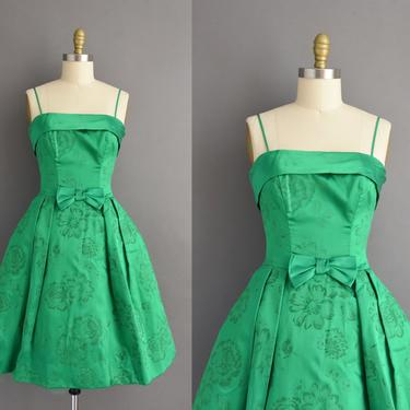 1950s vintage dress | Gorgeous Kelly Green Silk Satin Flocked Floral Print Cocktail Party Dress | Small | 50s dress by simplicityisbliss