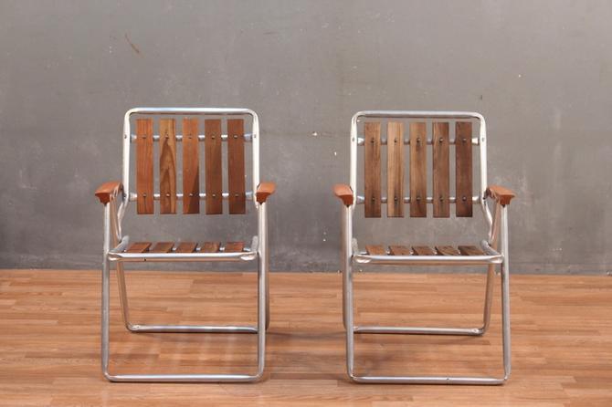 Retro Slatted Wood & Aluminum Folding Lawn Chair