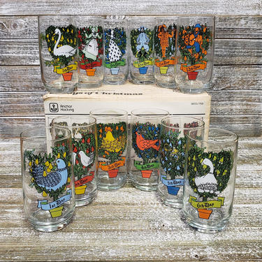 Vintage 12 Days of Christmas Holiday Glasses, Anchor Hocking Glassware, Vintage Christmas Tumblers, Mid Century Barware, Vintage Christmas by AGoGoVintage