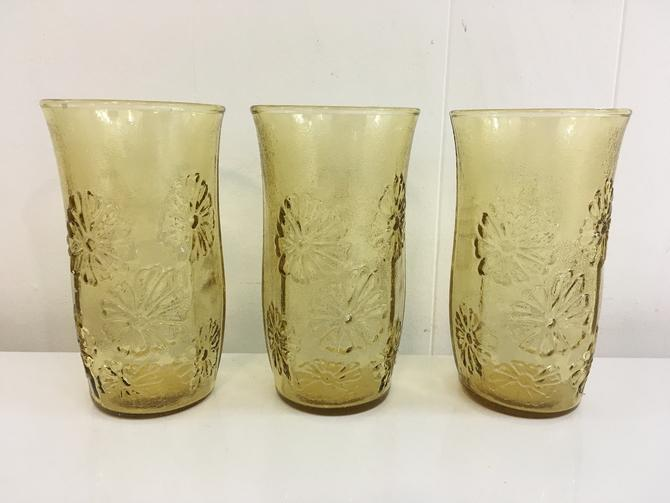 Vintage Anchor Hocking Flower Power Glasses Set of Three (3) Glassware Flowers Amber Yellow Daisy 1970s Barware Retro Bar Glassware 70s by CheckEngineVintage