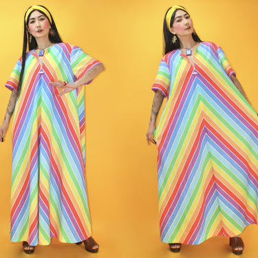 Vintage 1970s Rainbow Chevron Caftan Dress /Fits any sizes/ 70s Hippie Beach Lounge Poolside Wear Pockets Cotton Cotton Blend by TheeAppleBoutique