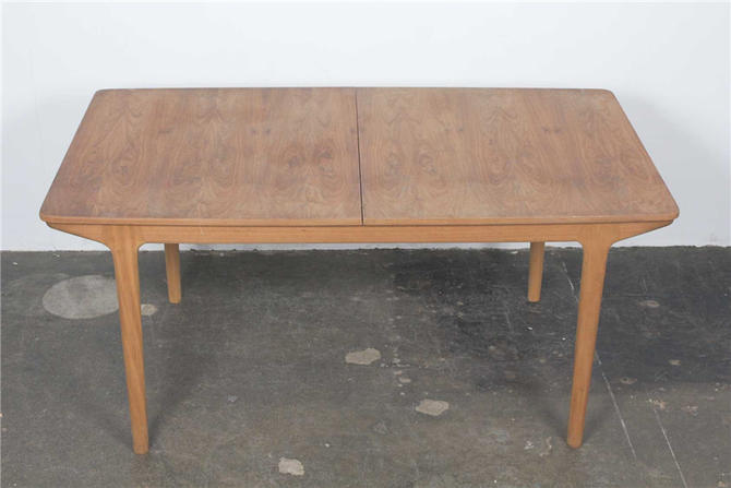 dining table 1283