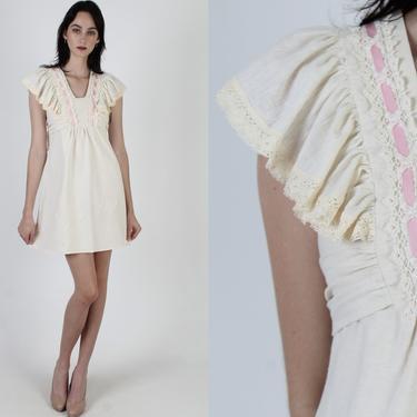 Pink Floral Lace Trim Dress / Summer Dress With Waist Sash Tie / Ivory Crochet Flutter Sleeve Garden Dress / Vintage 70s V Neck Mini Dress by americanarchive