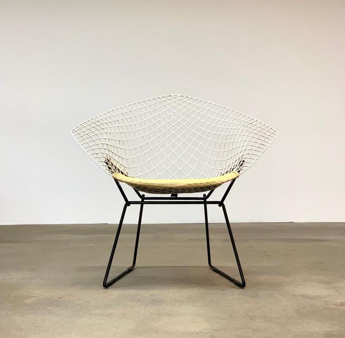 Vintage Diamond Chair by Harry Bertoia for Knoll by midcenTree