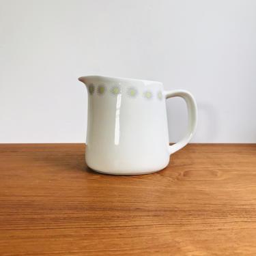Vintage Arabia Finland daisy chain pitcher / Kaj Franck mid-century flower or atomic design / MCM cream or milk jug by EarthshipVintage