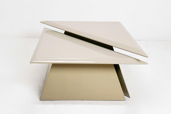Lacquered Triangle Table Pair by BetsuStudio