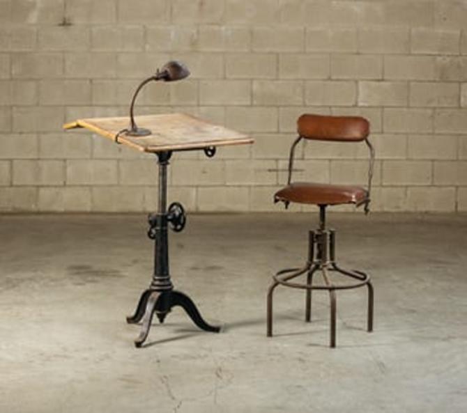 Single-Pedestal Drafting Table