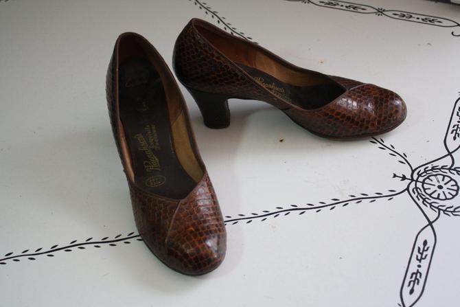 40's Shoes // Genuine Cobra Skin // Kitten Heels by LawrenceOfBaltimore