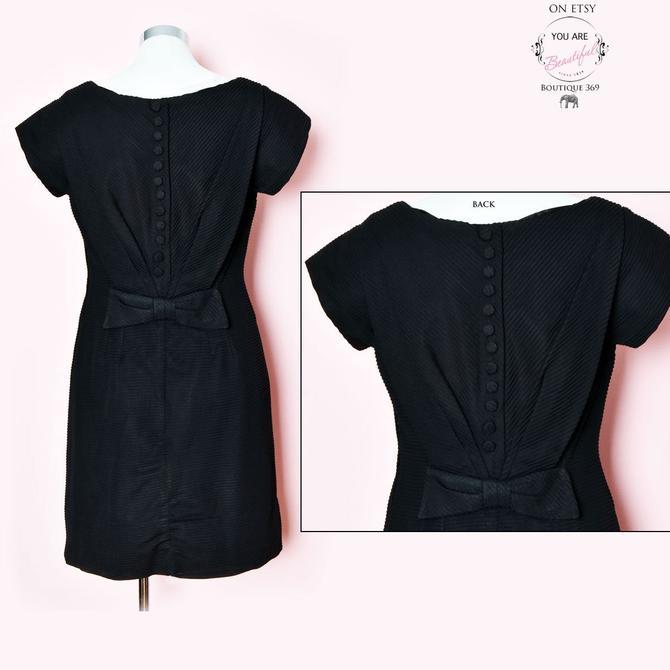 50's Black BOW Back Dress, 1950's Vintage Dress, Shift Dress Mid Century by Boutique369