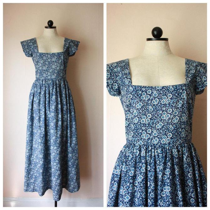 70s Indigo Floral Romantic Dress Size M by NoSurrenderVintage