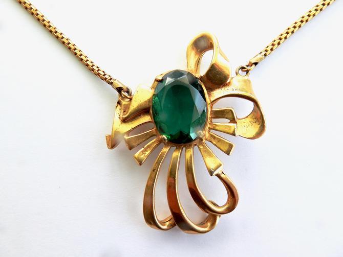 Deco Open Set Green Glass Necklace by LegendaryBeast