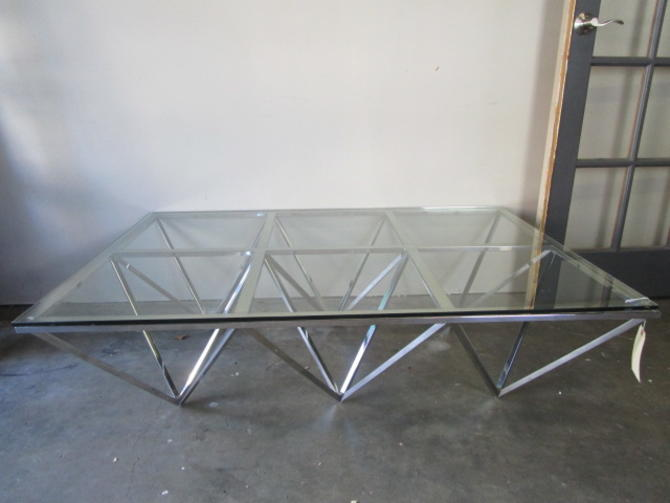 Z GALLERIE MODERN CHROME AND GLASS TOP COFFEE TABLE