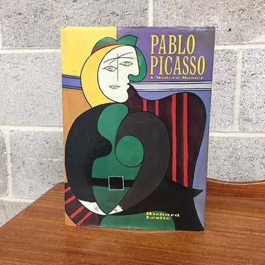 Vintage Book Retro 1990s Pablo Picasso + A Modern Master + Richard Leslie + Artist + Abstract Art + Cubism + Painting + Coffee Table Book + by RetrospectVintage215