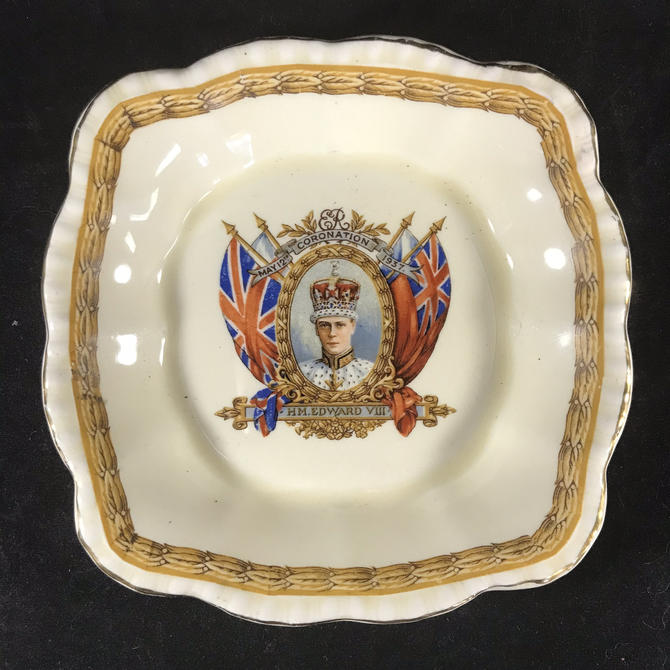 Edward VIII Coronation 1937 Pin Candy Trinket Dish Vintage Grindley England by accokeekpickers