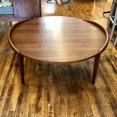 Jens Risom Round Coffee Table with flared edges 1960s