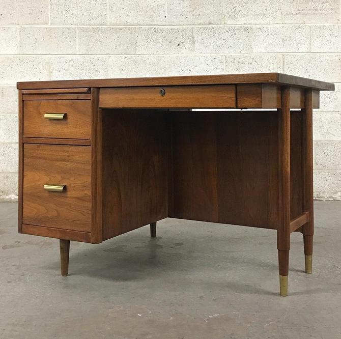 LOCAL PICKUP ONLY ———— Vintage Standard mcm Desk by RetrospectVintage215