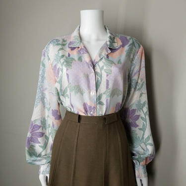 Vintage Pastel Blouse, Large / Spring Floral Long Sleeve Blouse / Silky Jacquard Collared Button Up Shirt / Lavender Purple Sage Dressy Top by SoughtClothier