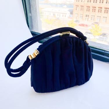 1940s Black Wool Handbag   40s Black Gathered Wool Purse by GlennasVintageShop