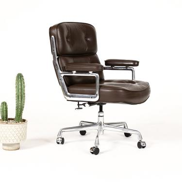 Mid Century Vintage Time Life Desk Chair ES104 — Charles Eames for Herman Miller — Brown Leather by atomicthreshold
