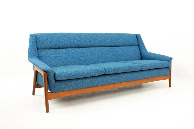 Dux Mid Century Sofa - mcm by ModernHill