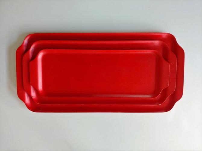 Swedish Modern Red Painted Molded Wood Nesting Trays - Set of 3 by ModandOzzie