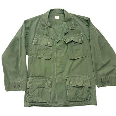 Vintage 1970s Vietnam War US Army Jungle Fatigue Jacket ~ S Short ~ Slant Pockets ~ Combat, Tropical, Coat ~ Rip Stop Cotton Poplin by SparrowsAndWolves