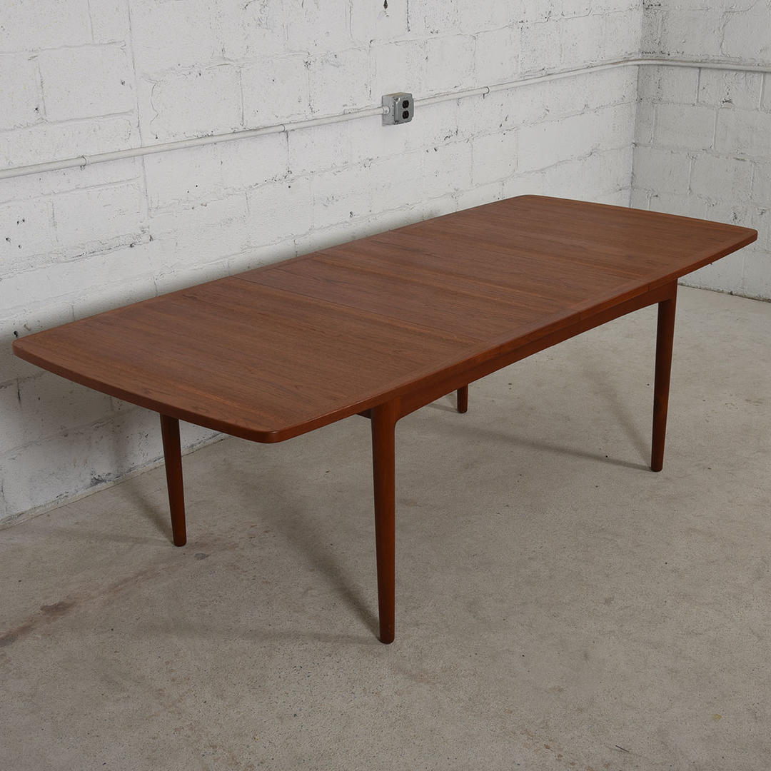 Danish Modern Teak Fold Out Expanding Compact Dining Table