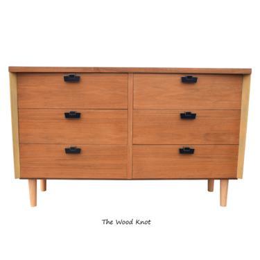 Mid Century Modern American Of Martinsville Walnut Dresser