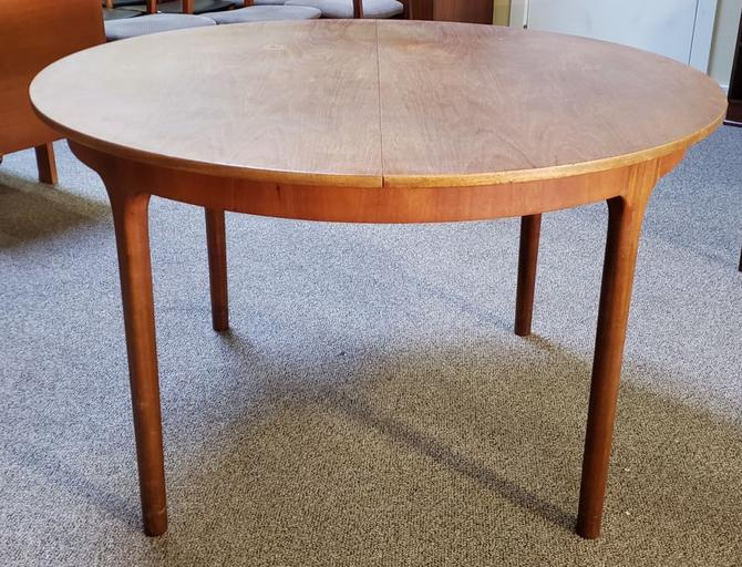 Item #W199 Mid Century Round Extending Dining Table by McIntosh c.1960