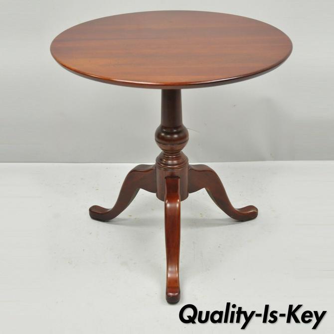 Pennsylvania House Vintage Cherry Wood Tilt Top Round Accent Lamp Side Table