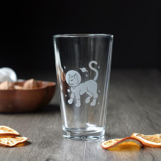 Astronaut Cat Beer Glass - dishwasher safe etched pint by BreadandBadger