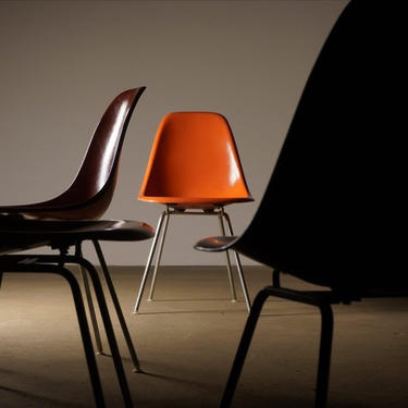 Set of 4 Herman Miller Eames Orange Shell Chairs by midcenTree